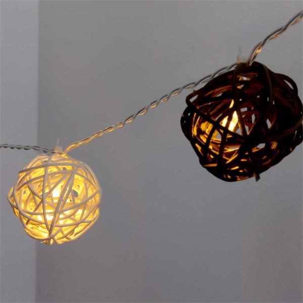 Gömb alakú fonott/rattan/4m/fehér + barna/20db LED-es/3xAA elemes fénydekoráció - 1