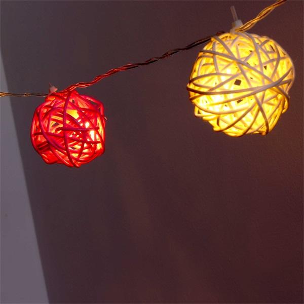 Gömb alakú fonott/rattan/4m/fehér/20db LED-es/3xAA elemes fénydekoráció - 1