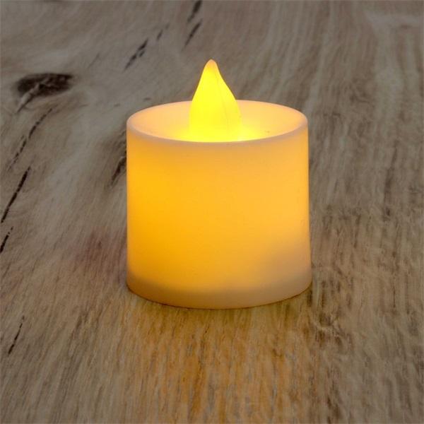 Gyertya alakú pulzáló fényű LED-es sárga fénydekoráció 4db/csomag - 1